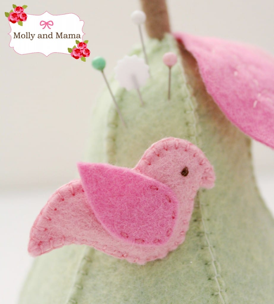 Felt Pear Pin Cushion Tutorial from Molly and Mama