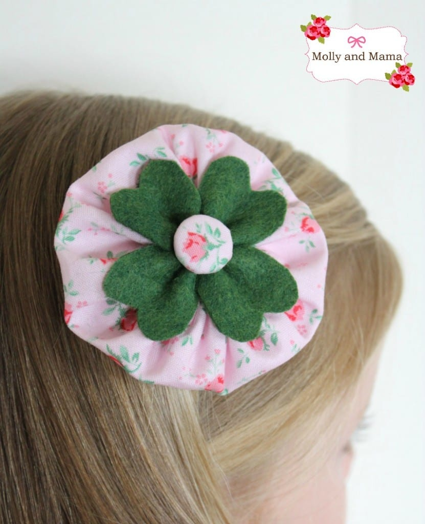 The four leaf clover hair clip tutorial by Molly and Mama